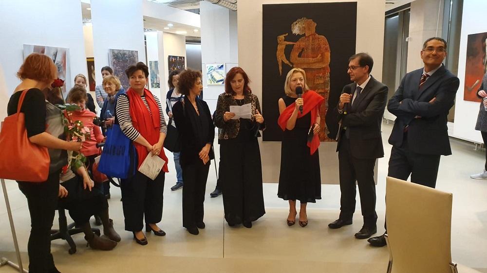 Al centro Rita Pedonesi, alla sua sinistra Ida Mitrano.